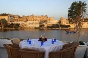 rooftop-restaurant-taj-lake-palace-hotel-udaipur-india