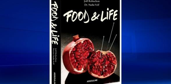 Le chef Joel Robuchon publie des recettes pour le bien-être