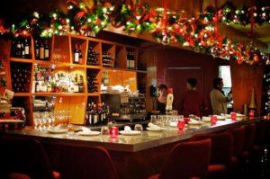 Vue intérieure du restaurant Tavola à la Defense